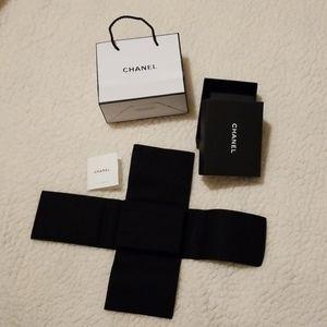Chanel earrings box set